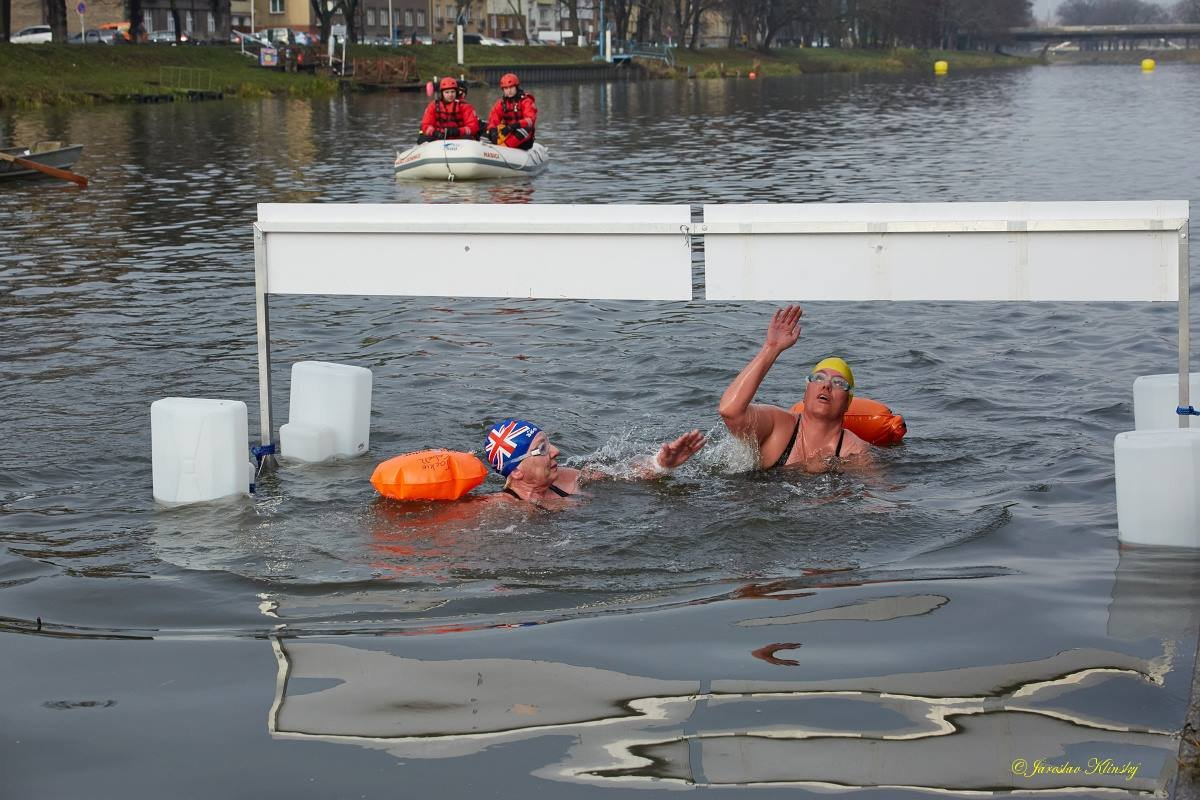 Jackie Cobell of United Kingdom and Sinne Lundgaard of Denmark have finished the race, photo courtes